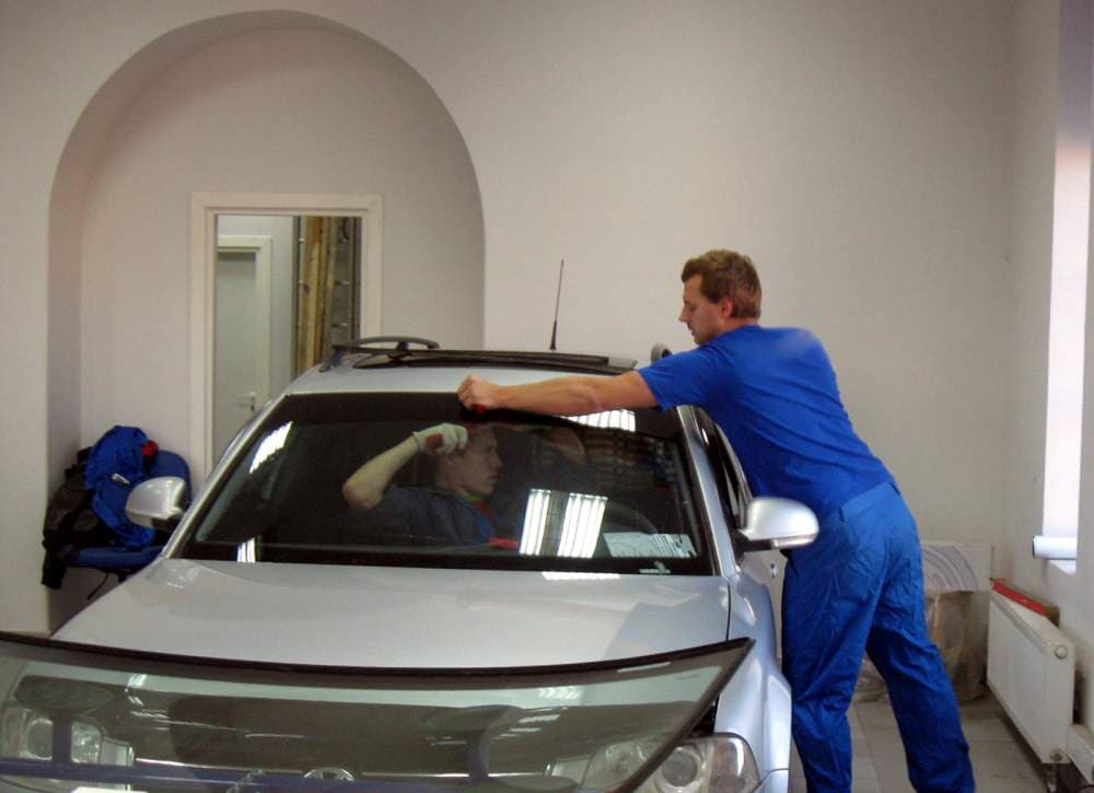 Замена стекол на авто